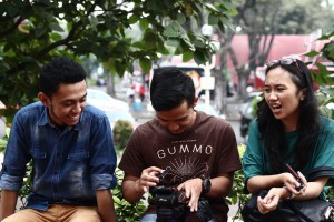 These are Wong Akbar crew. Ki-ka: Ferdhy, Gode, Ayu. They treated us like friends, which made us very comfort to work with them from day 1.